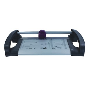 Avery Office Trimmer Cutting Length 305mm Capacity 12x 80gsm Area 477x232mm A4 Ref A4TR