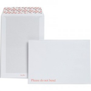 Plus Fabric Board-Back Envelope C4 White Peel and Seal Pack of 125 K29470