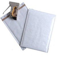 Mail Lite Plus Bubble-Lined Postal Bag Peel and Seal Oyster 150x210mm Pack of 100 MLPC/0